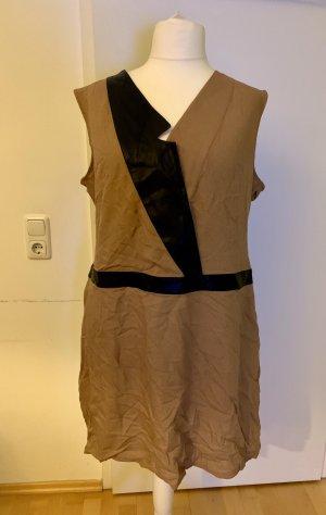 Beiges Kleid mit Leinen und -Details, Manon Baptiste, Größe 50/52, Neupreis 150€