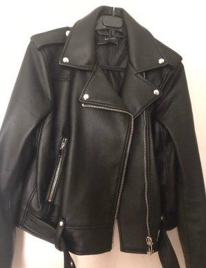 Zara Basic Chaqueta de cuero de imitación negro