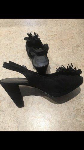 Bellissima Strapped pumps black