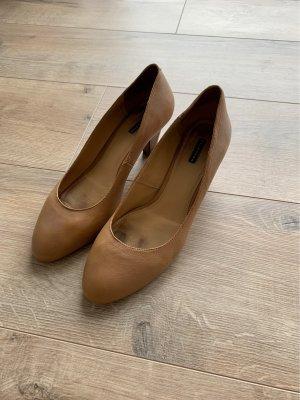 Belmondo Classic Court Shoe cognac-coloured