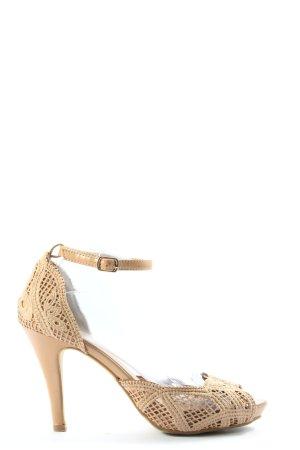 Bellucci Peep Toe Pumps cream elegant