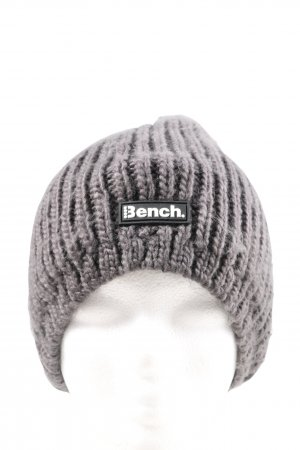 Bench Gorro marrón look casual