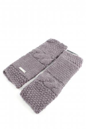 Bench Fingerless Gloves lilac cable stitch casual look