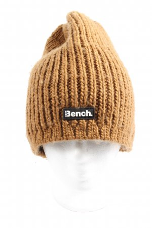 Bench Gorro tejido marrón look casual