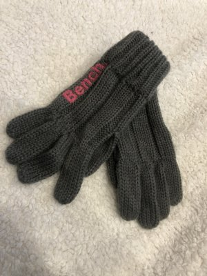 Bench Knitted Gloves grey-raspberry-red