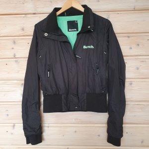 Bench Jacke L schwarz/ grün