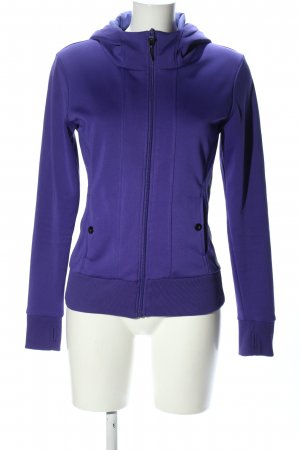 Bench Hoody lilac casual look