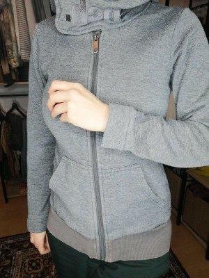 Bench Kapuzenjacke in grau mit hohem Kragen  Gr. XS