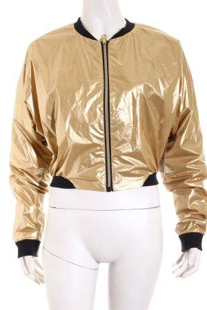 Bench Kurzjacke goldfarben Street-Fashion-Look