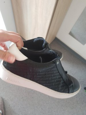 Bench Slip-on Sneakers black