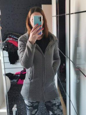 Bench Manteau en tricot gris