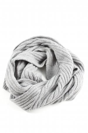 Bench Knitted Scarf light grey cable stitch business style