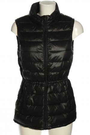 Benetton Down Vest black quilting pattern casual look