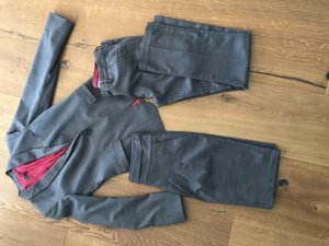 Benetton Costume business or rose-gris