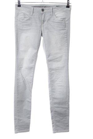 Benetton Jeans Vaquero skinny gris claro look casual