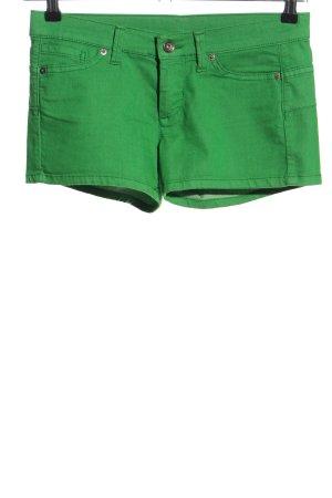 Benetton Pantalón corto de tela vaquera verde look casual