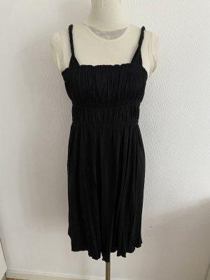 Benetton Kleid in schwarz in der Gr S für viele Anlässe wie Neu