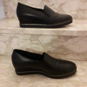 Bequeme Bata Schuhe aus Leder,  Gr. 40