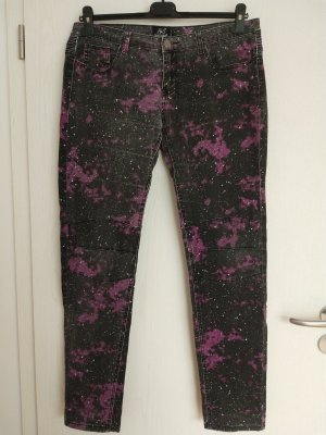 Bequeme Jeans mit Space Pattern