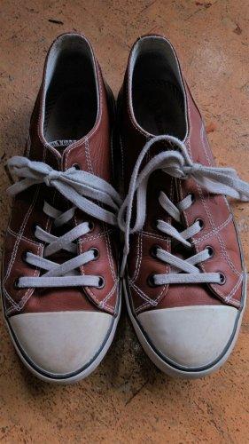 Bequeme leichte Ledersneakers