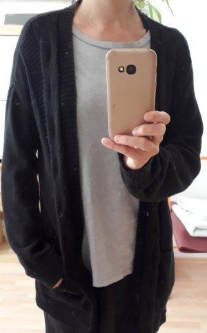 Bequemer schwarzer Cardigan
