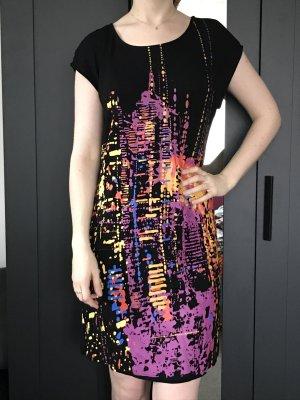 bequemes Kleid mit außergewöhnlichem Print