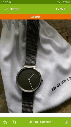 Bering Reloj con pulsera metálica multicolor