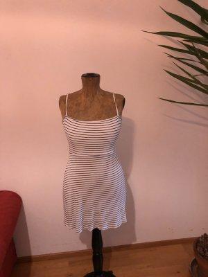 BSK by Bershka Sukienka plażowa biały-czarny