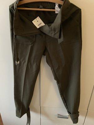 Bershka Spodnie z zakładkami oliwkowy-khaki