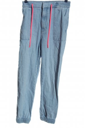 Bershka Baggy Jeans blue casual look