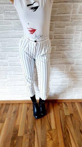 Bershka Pantalon chinos blanc-noir