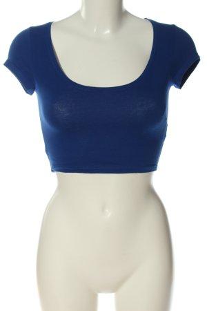 Bershka Camisa recortada azul look casual