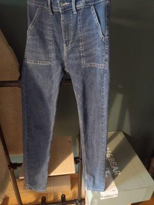 Bershka Jeans carotte bleu