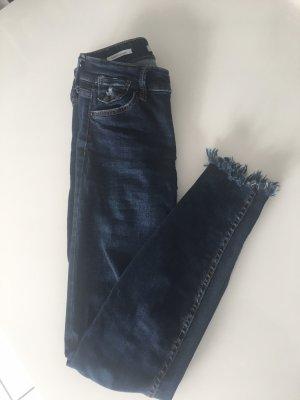 Bershka - Dark Blue Jeans