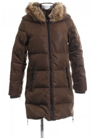 Bershka Manteau en duvet brun motif de courtepointe style décontracté