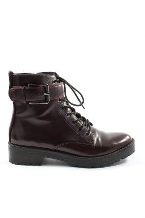 Bershka Desert Boots brown casual look