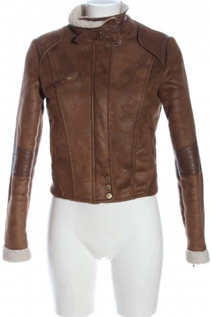 Bershka Fur Jacket brown-white casual look