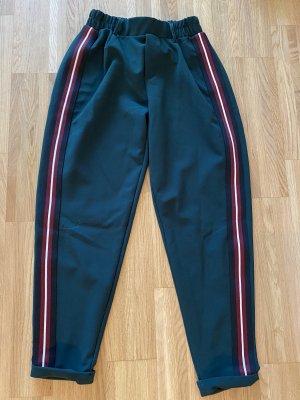 Bershka Pantalone a 7/8 verde scuro