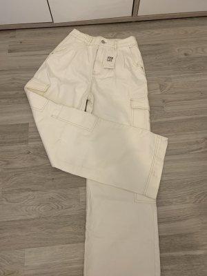 Bershka Pantalone chino bianco sporco