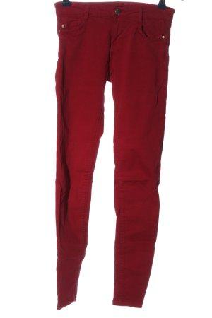 Bershka pantalón de cintura baja rojo look casual