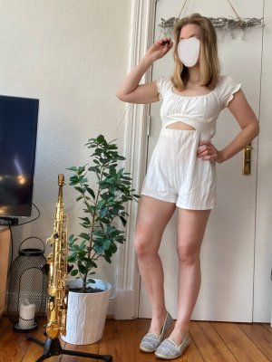 Bershka Jumpsuit Gr.M weiß mit Cut out Sommer Overall Stretchy
