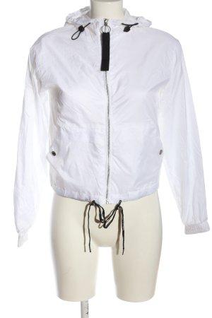 Bershka Kurtka z kapturem biały W stylu casual