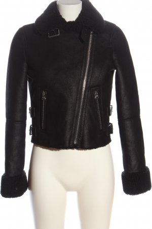 Bershka Krótka kurtka czarny W stylu casual
