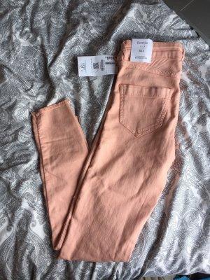 Bershka lachsfarbene Jeans/Hose