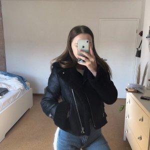 Bershka Veste en cuir synthétique noir