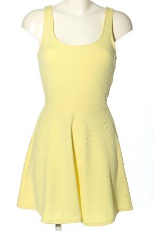Bershka Minikleid blassgelb Casual-Look
