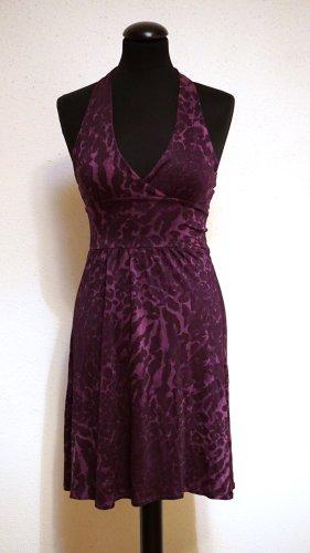 Bershka Minikleid lila/violett Schulterfrei mit Muster