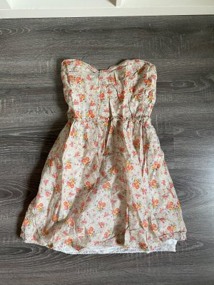 Bershka minikleid sommerkleid Kleid Kurz  Blumen Muster beige orange spitze Unterkleid schulterfrei bandeau trägerlos