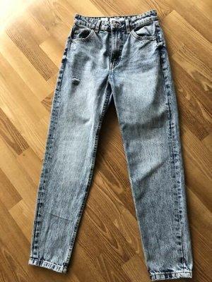 BERSHKA°Mom Jeans°blaues Denim°5 pocket°Gr. 34°neuwertig