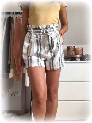 Bershka Paperbag Shorts aus linen, Leinen, weiß grau gestreift mit Gürtel, xs.